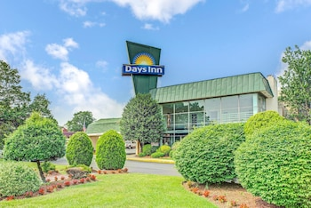 Foto di Days Inn by Wyndham Arlington/Washington DC ad Arlington