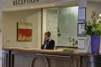 Picture of Best Western Plus Manchester Airport Wilmslow Pinewood Hotel in Wilmslow