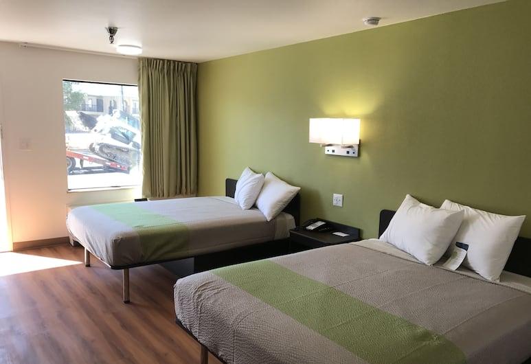 Motel 6 Abilene East, TX, Abilene, Standard Room, 2 Queen Beds, Non Smoking, Refrigerator & Microwave, Guest Room