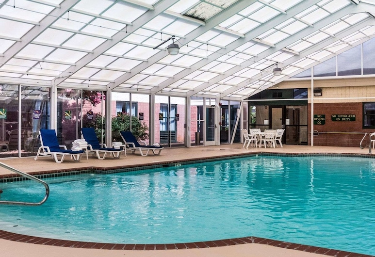 Quality Suites Lake Wright - Norfolk Airport, Norfolk