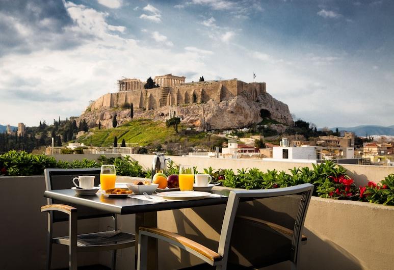 Athens Gate Hotel, Athena