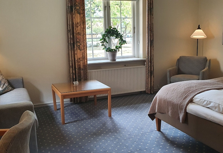 Hotel Knudsens Gaard, Odense, Superior Room, 2 Twin Beds, Non Smoking, Guest Room