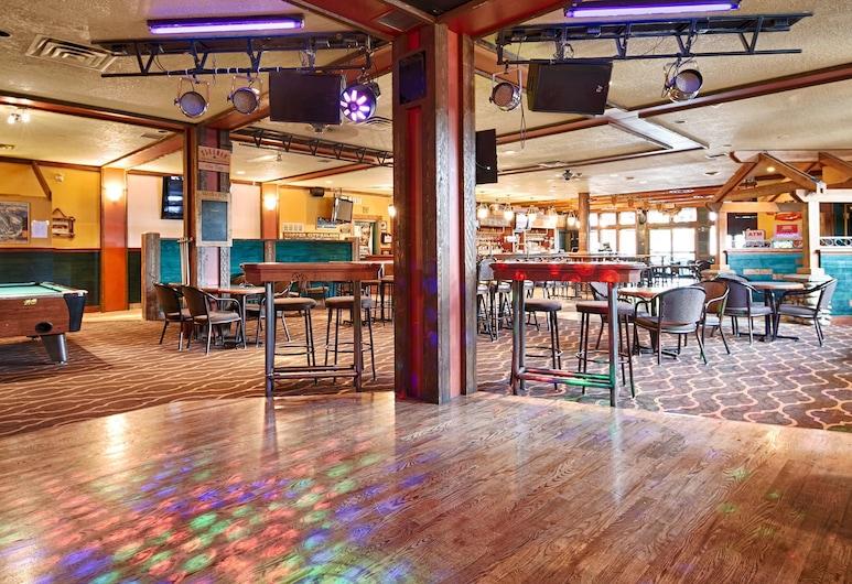 Invermere Inn, Invermere, Hotel Bar