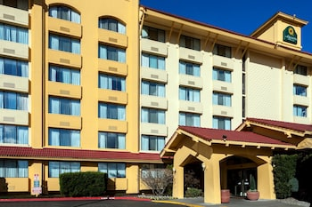 Picture of La Quinta Inn & Suites Seattle Sea-Tac in SeaTac