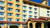 Reserve this hotel in SeaTac, Washington