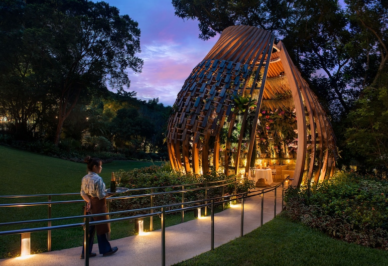 Shangri-La Hotel, Singapore, Singapore, Garden