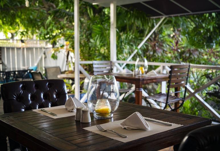 Harmony Marina Suites, Gros Islet, Dinerruimte buiten