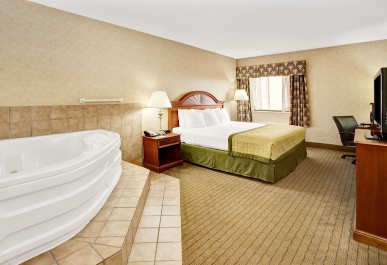 Baymont by Wyndham Indianapolis West, Indianapolis, Deluxe Studio Suite, 1 King Bed, Non Smoking, Guest Room