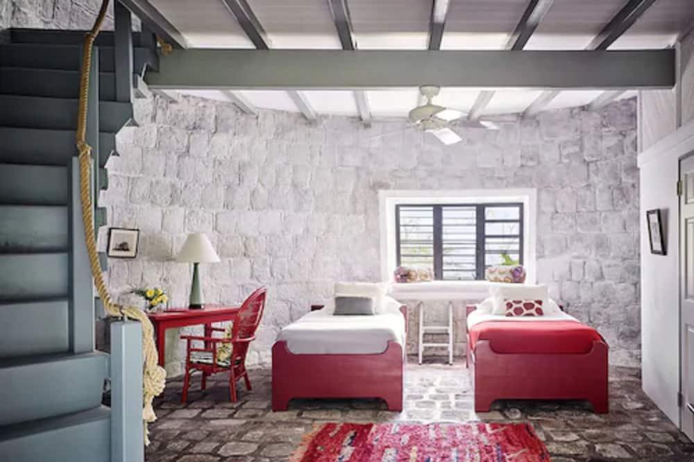 Suite (Sugar Mill) - Living Area