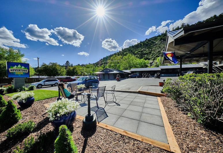 Adventure Inn Durango, דורנגו, מרפסת/פטיו