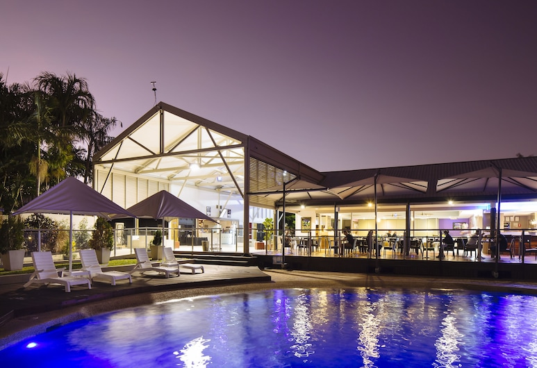Mercure Townsville, Currajong, Medence
