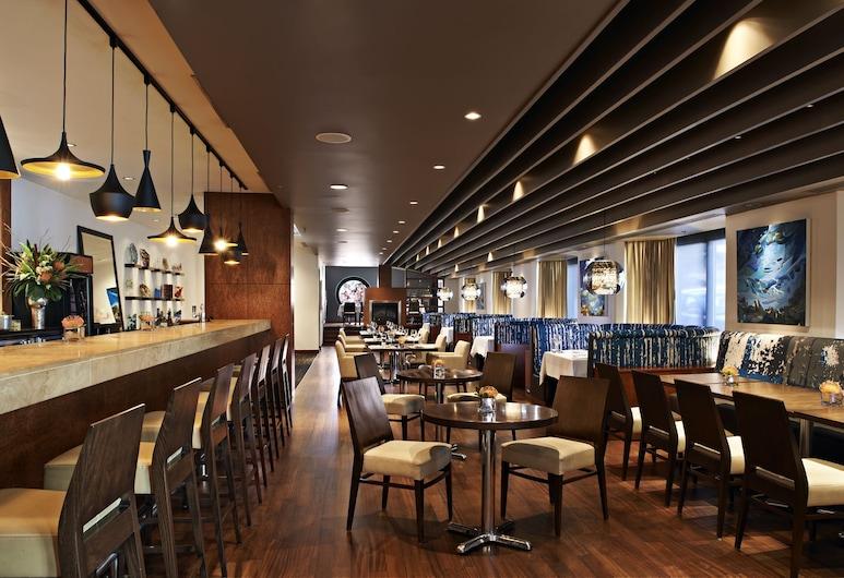 Prince George Hotel, Halifax, Hotel Bar