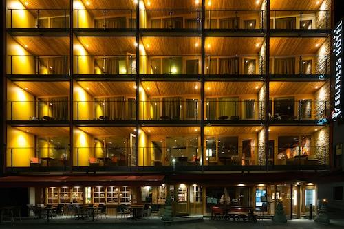 โรงแรมไอเกอร์