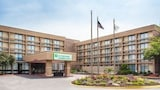 Reserve this hotel in Schaumburg, Illinois