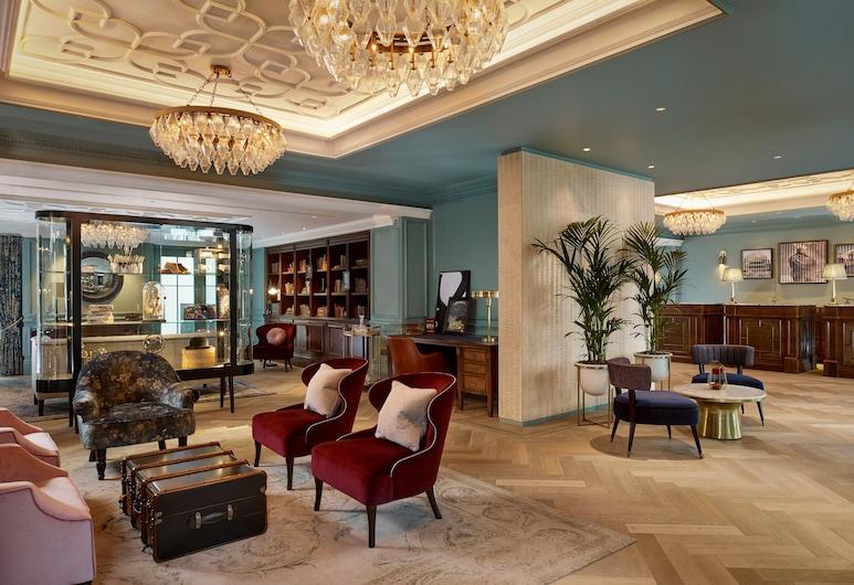 100 퀸스 게이트 호텔 런던, 쿠리오 콜렉션 바이 힐튼, 런던, 로비