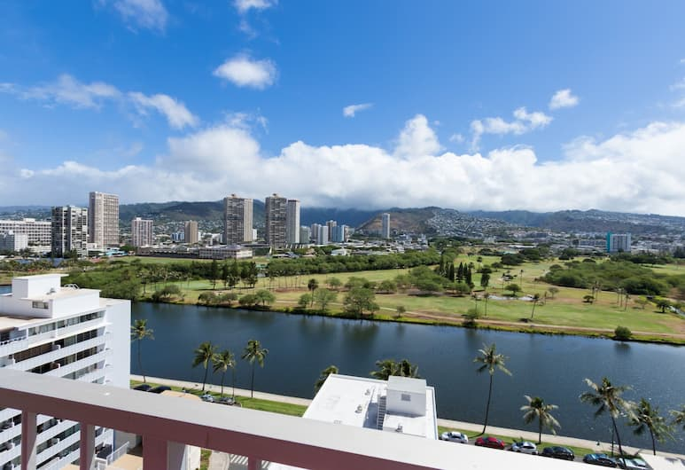 Ilima Hotel, Honolulu, Studio Deluxe, kuchnia (1 king and 1 double bed), Z widokiem na balkon