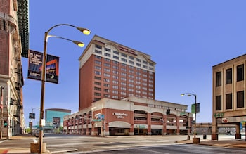 Picture of Hampton Inn Gateway Arch Downtown in St. Louis