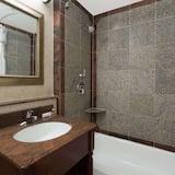 雙人房, 2 張標準雙人床 - 浴室