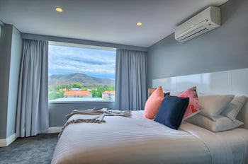 Picture of Canberra Rex Hotel & Serviced Apartments in Canberra