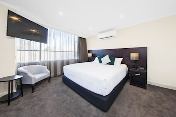 Picture of Canberra Rex Hotel & Serviced Apartments in Braddon