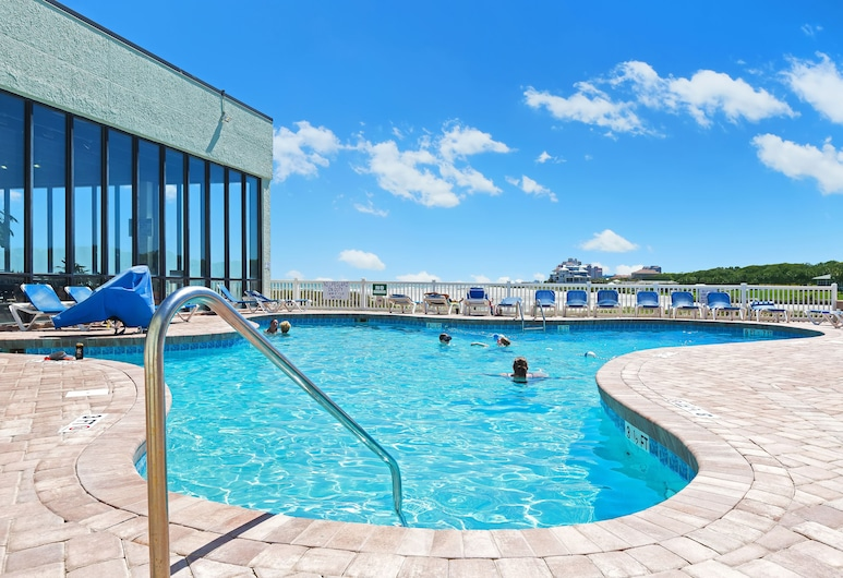 Sands Beach Club Resort, Myrtle Beach, Sundeck