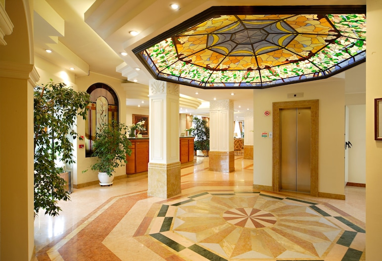 Hotel Mozart, Milan