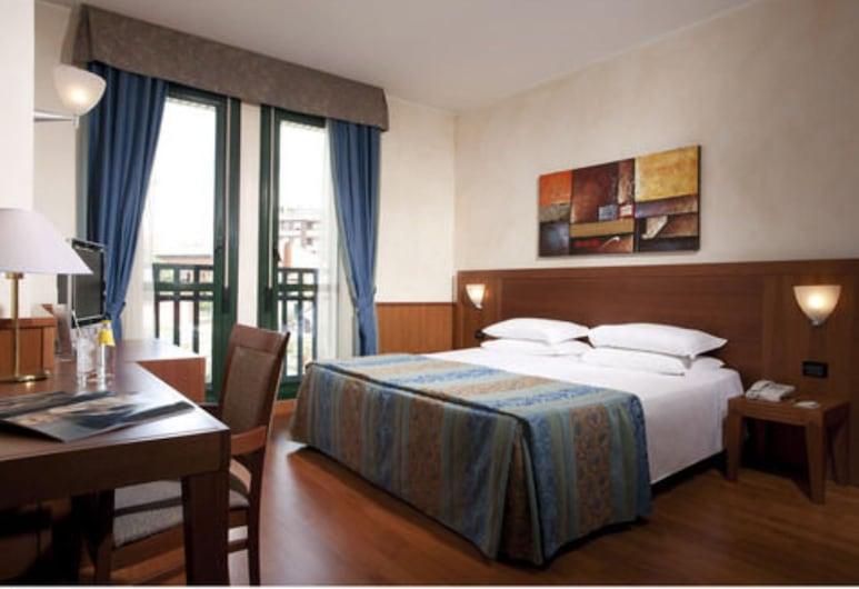 Hotel Raffaello, Mediolan