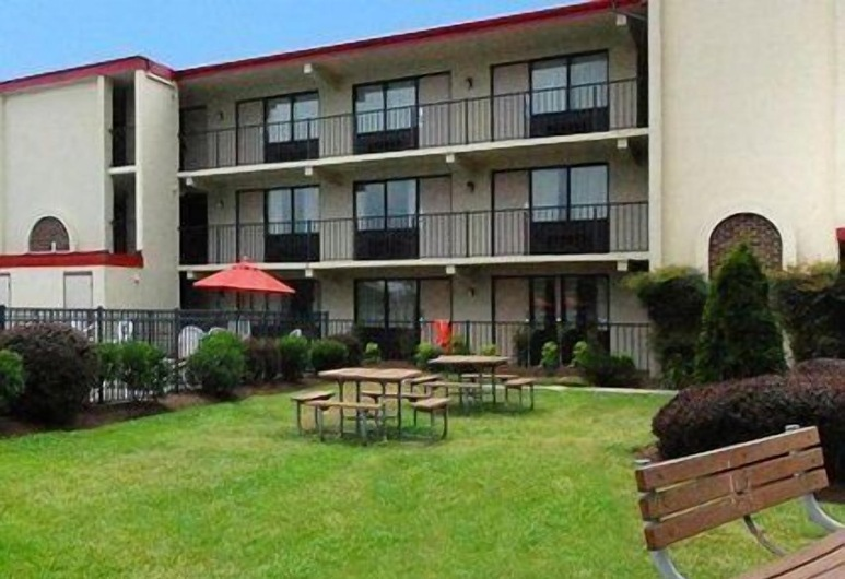 Econo Lodge Inn & Suites Rehoboth Beach, Rehoboth Beach, ברביקיו/אזור פיקניק