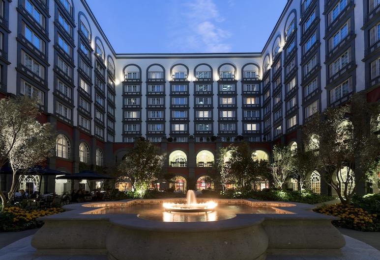 Four Seasons Hotel Mexico City, Mexico City, Dvůr