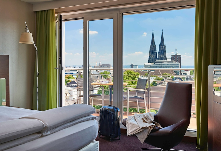 Pullman Cologne, Cologne, Deluxe Room, 1 King Bed (Domblick), Guest Room View