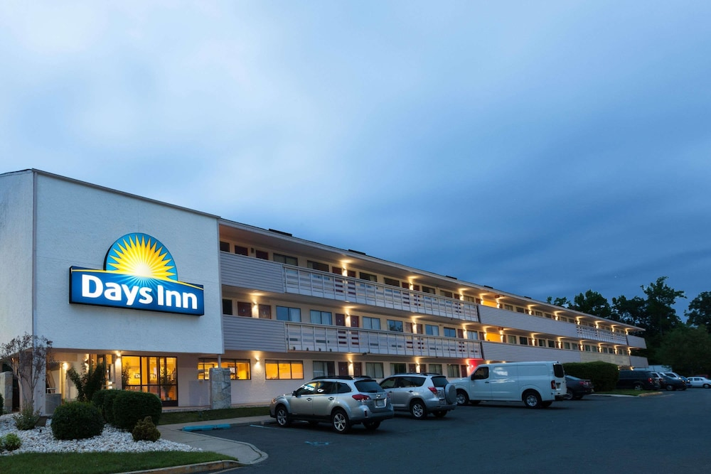 Days Inn By Wyndham Monmouth Junction Princeton