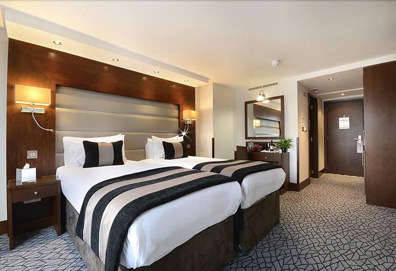 Park Grand London Kensington, London, Guest Room