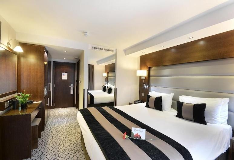 Park Grand London Kensington, London, Club Double Room, Guest Room