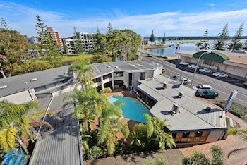 Picture of Palm Court Motor Inn in Port Macquarie