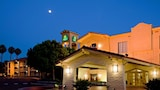 Choose This La Quinta Inn Hotel in Chula Vista - Online Room Reservations