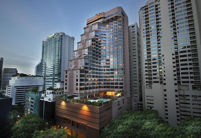 Rembrandt Hotel Suites and Towers, Bangkok, Exterior