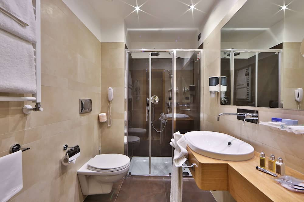 Phòng Superior, 1 giường cỡ king - Phòng tắm