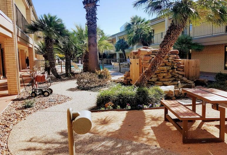 Best Western Ingram Park Inn, San Antonio, Dziedziniec