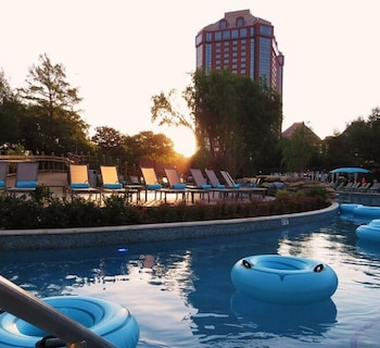 Book this Pool Hotel in Dallas