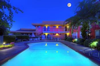 A(z) County Inn hotel fényképe itt: Mountain View