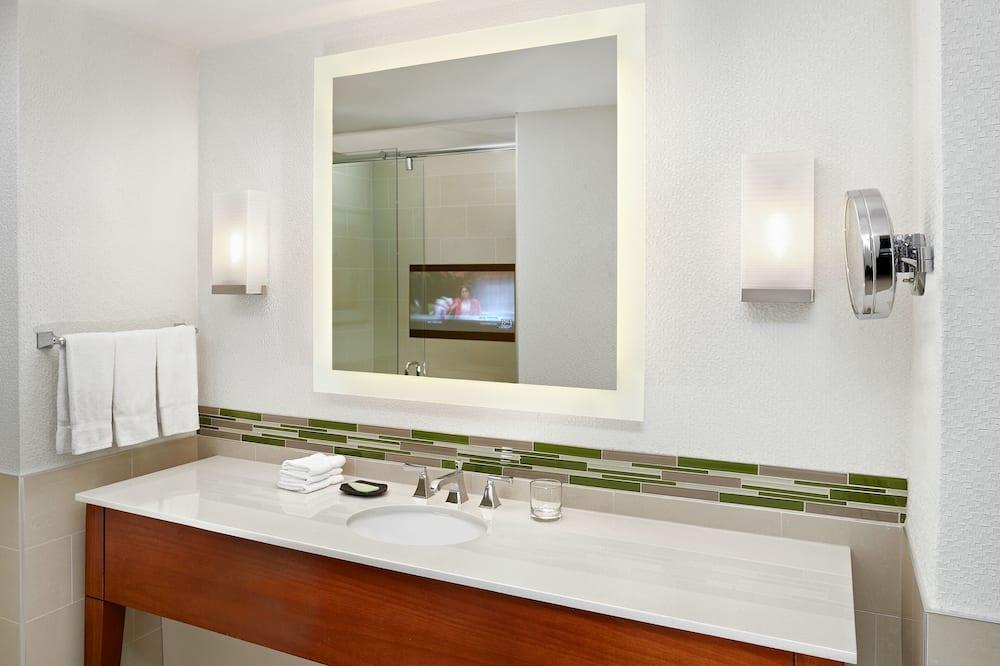 Junior suite, 1 slaapkamer, niet-roken - Badkamer