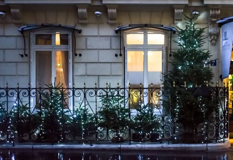 Hotel Lancaster Paris Champs-Elysées, Paris, Hotel Entrance
