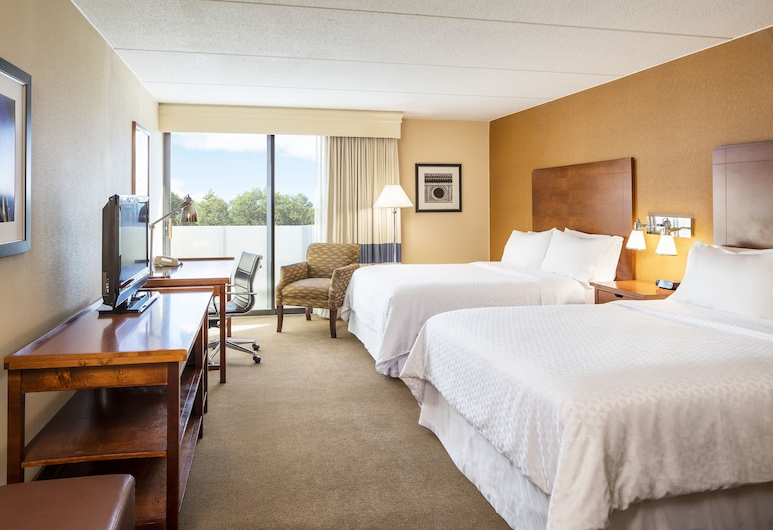 Four Points by Sheraton Chicago O'Hare Airport, Schiller Park, Standard Room, 2 Queen Beds, Accessible, Guest Room