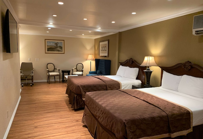Travelodge by Wyndham Las Vegas Airport Near The Strip, Las Vegas, Deluxe Room, 2 Queen Beds, Non Smoking, Guest Room
