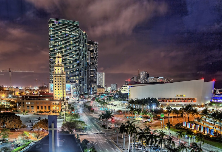 Holiday Inn Port of Miami - Downtown, Miami, Suite, 1 King Bed, Non Smoking, Guest Room