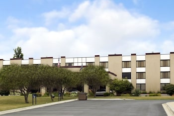 Picture of Ramada Lansing Hotel And Conference Center in Lansing