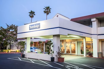 Picture of Travelodge by Wyndham Monterey Bay in Monterey