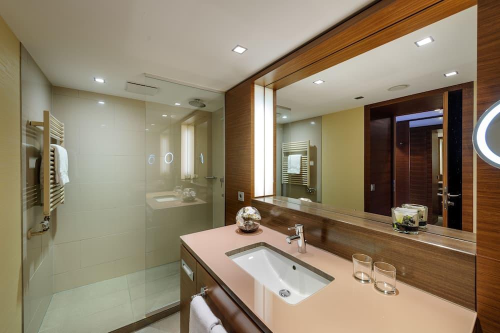 Privilege, ห้องสวีท, เตียงคิงไซส์ 1 เตียง - ห้องน้ำ