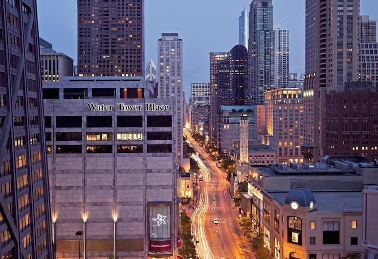 The Tremont Chicago Hotel at Magnificent Mile, Chicago, Blick vom Hotel