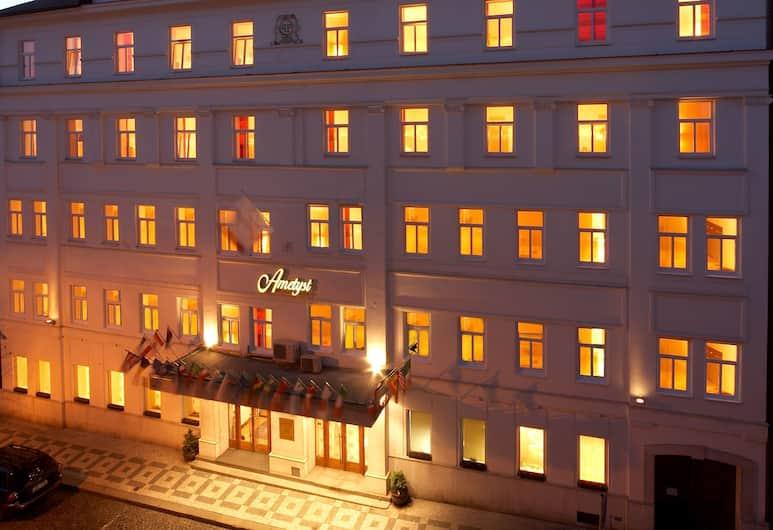 Hotel Ametyst, Praha, Išorė